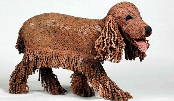 Nirit Levav Packer bicycle chain dog sculpture 600x347