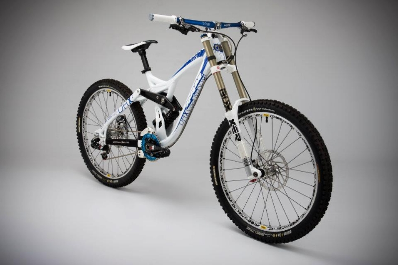 RAM Bikes 2012 DHX2 01