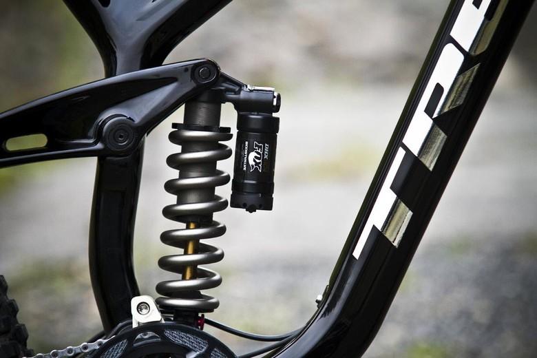 aaron gwin trek 2012 bike 1