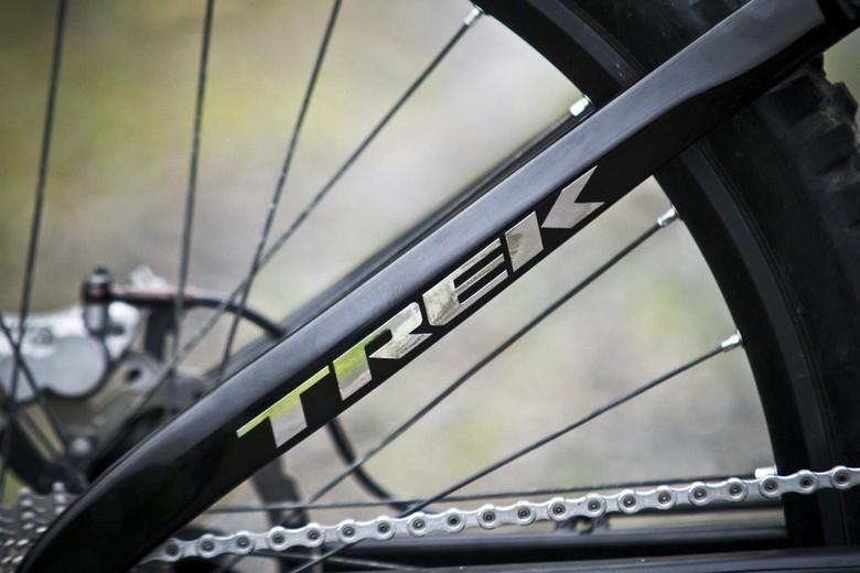 aaron gwin trek 2012 bike 4