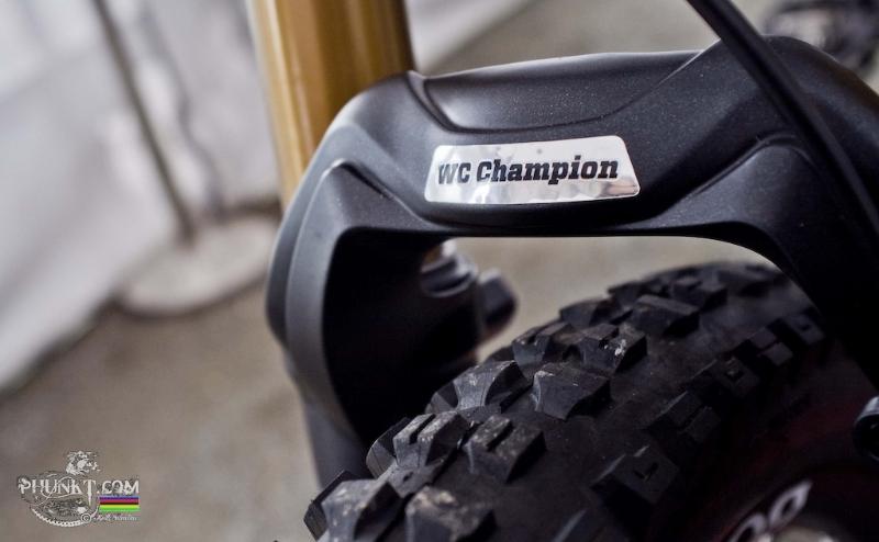 aaron gwin trek 2012 bike 7