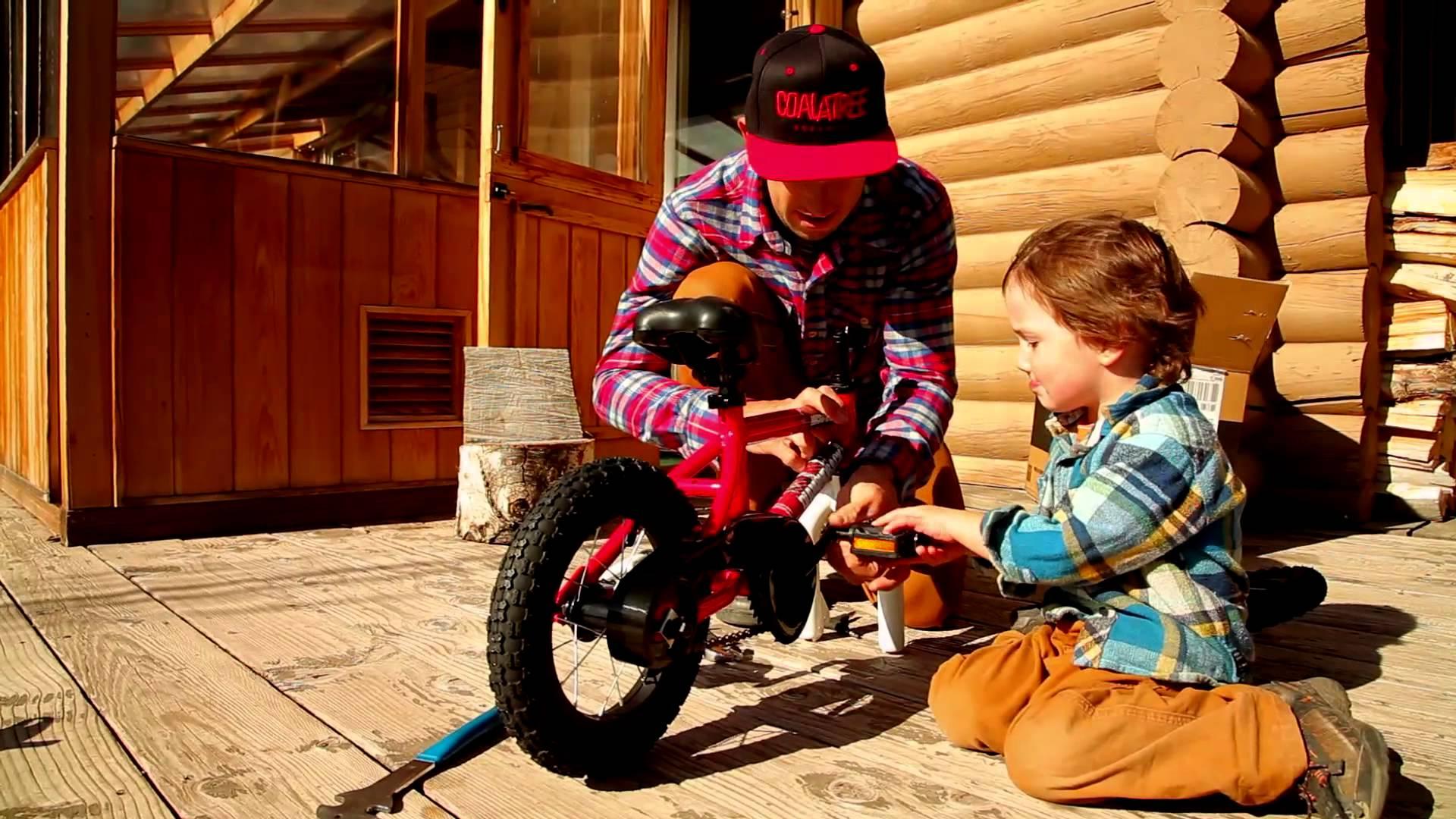 Как да научите детето си да кара колело