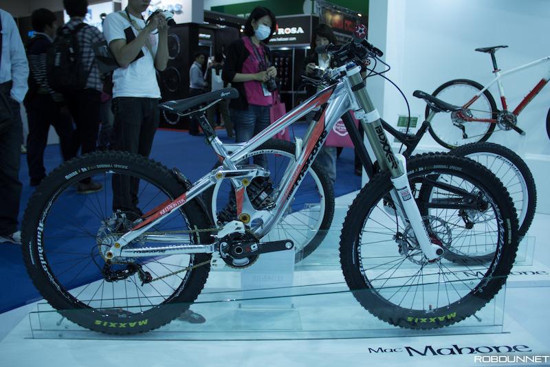 Интересни DH рамки от Taipei Cycle Show 2013