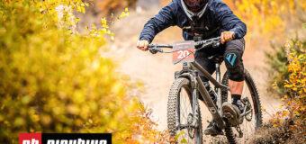 Видео: Том Брадшоу се състезава в Psychosis DH със хардтрейл байк