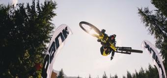 Видео: Whip-Off World Champs